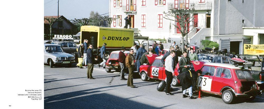 Mini Coopereita huollosa Tulip-rallissa 1967. Taaimmainen Mini kuului Timo Mäkiselle.