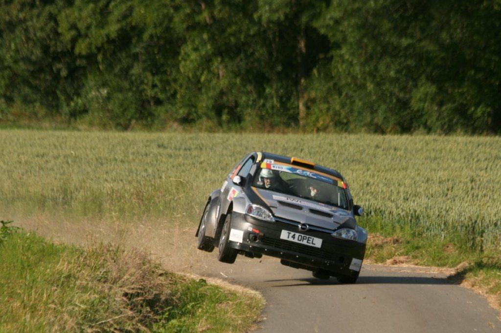 Archer - Opel Corsa S1600 ja kahden pyörän taktiikka.